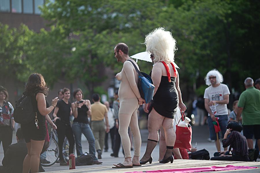 GENRE DE GRÈVE. manifestation travestie contre la répression / pour un accès gratuit !!! [photos Thien V]