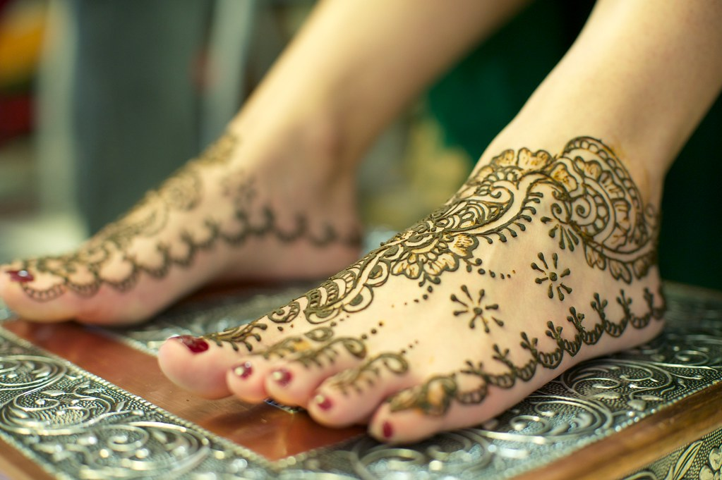 Mehndi Night: Feet.