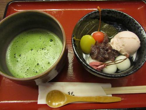 Sakura anmitsu set with matcha