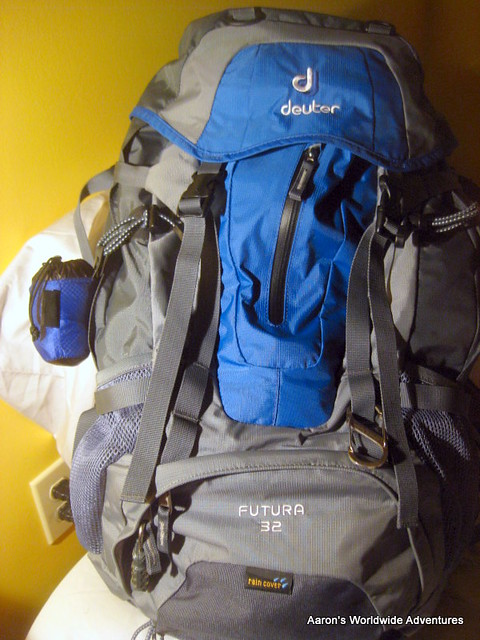 Packed Deuter Futura 32