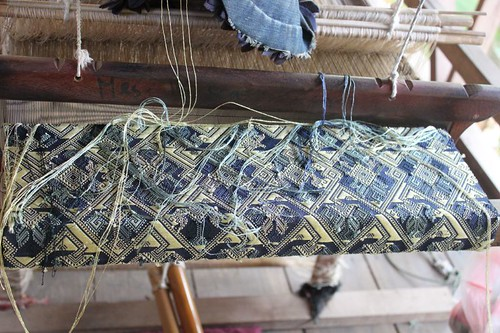 20120129_3027_weaving