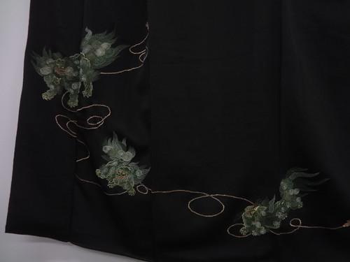 Shishi Kurotomesode Detail