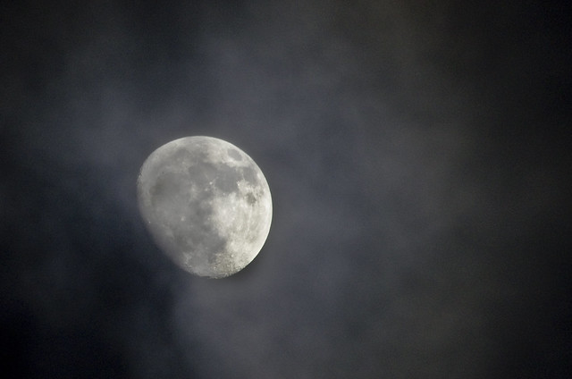 Cloudy Moon 3 April 2012
