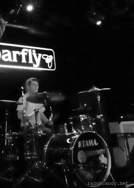 azriel - barfly - 24th jan, 2012 (5)