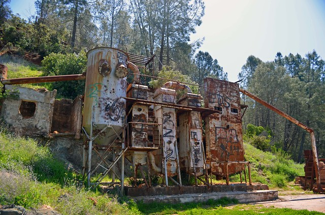 The abandoned mercury processing mill at the Rinconada Mine.