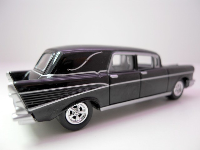 johnny lightning 1957 chevy hurse (3)