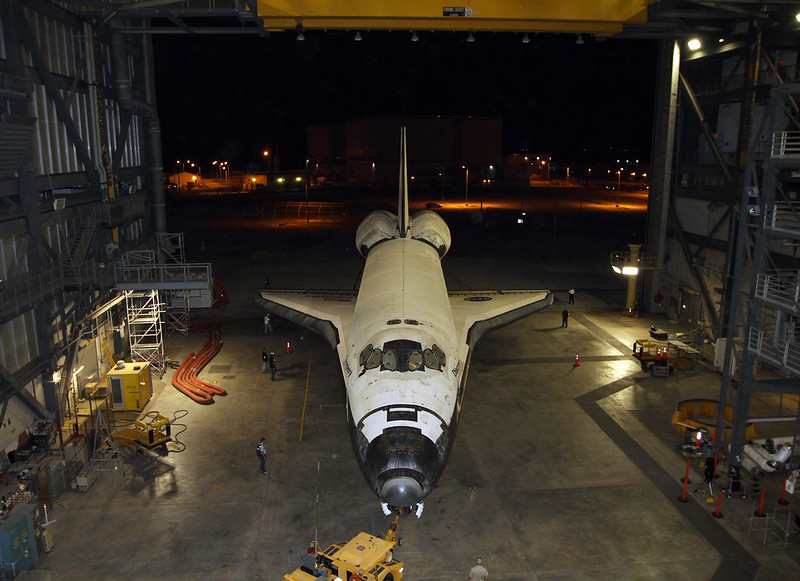 Discovery Rolls Out Of The Vehicle Assembly Building (KSC-2012-2055)