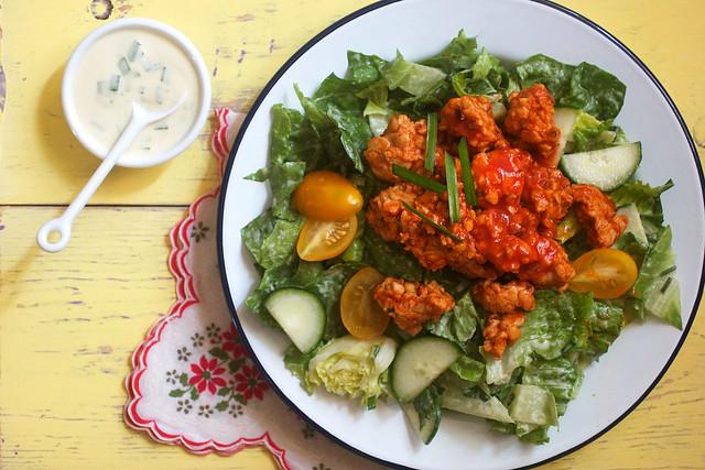 Buffalo Tempeh Ranch Salad