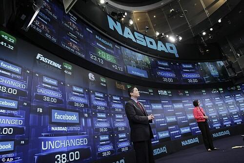 Facebook entró al mercado Nasdaq