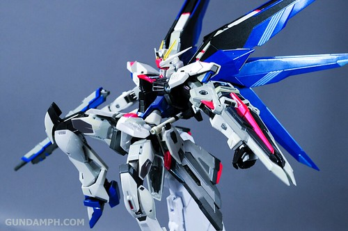 Metal Build Freedom Gundam Prism Coating Ver. Review Tamashii Nation 2012 (56)