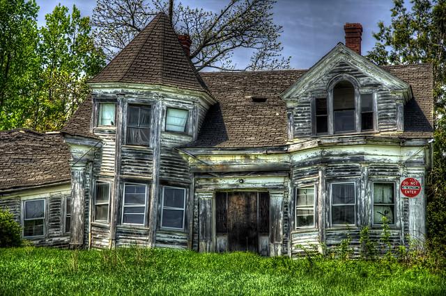 Farmhouse Greenhouse