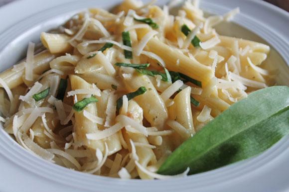 Spargel - Ragout mit Bärlauch und Pasta