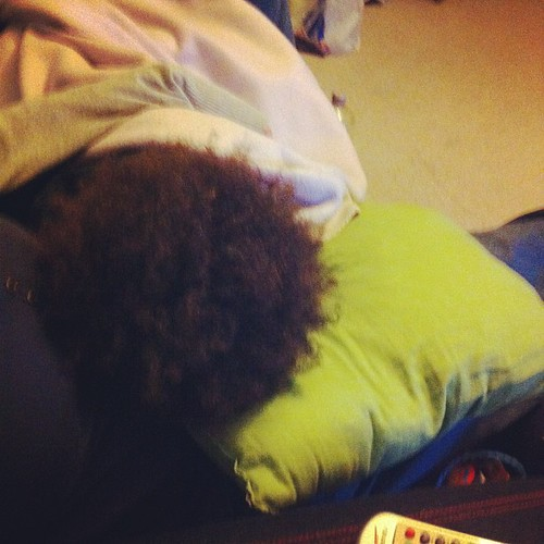 I love moments like this. All snuggled up on the sofa watching #thevoiceuk