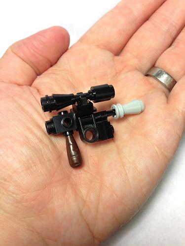 Mini LEGO Han Solo blaster