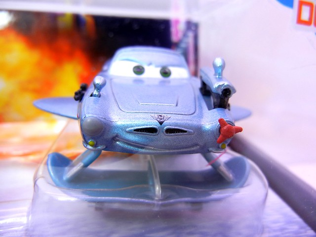disney store UK cars 2 spy mater and finn mcmissle (3)