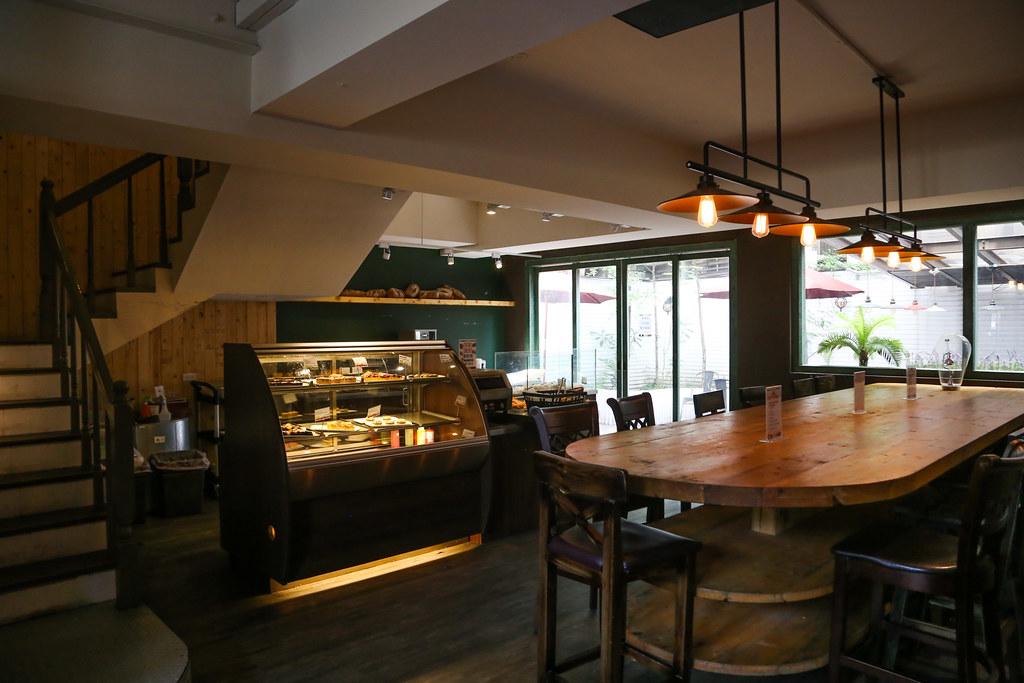 【臺北24h咖啡館】24小時營業的比利時連鎖餐廳「Panos Cafe 杭州店」,有賣早午餐!就在中正紀念堂旁邊。平日 ...