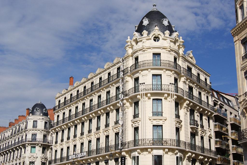 Hôtel Calrton