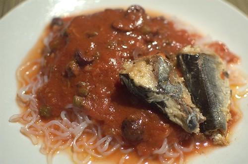 Puttanesca on shirataki noodles