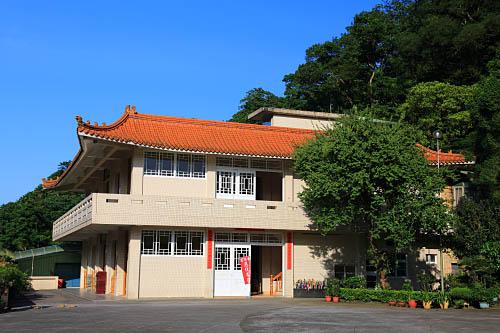 2370-1235三峽-靈隱寺 | Flickr - Photo Sharing!