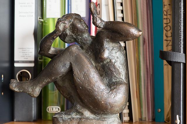 antimuseum.com-statuepigeon-0027