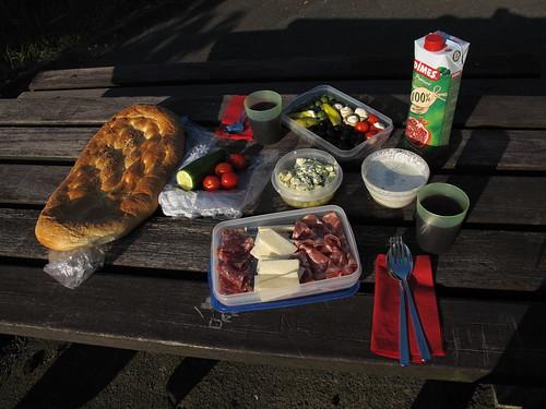 Mediterrane Leckereien als Picknick bei Tecklenburg