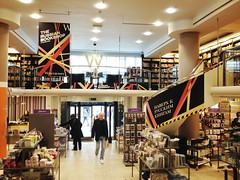 Waterstones, Piccadilly Circus