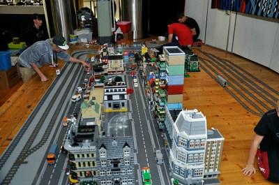 En hel stad ryms på Arbetets museum.