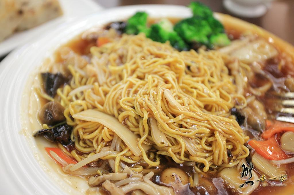 [高雄漢來飯店佛陀紀念館] 漢來蔬食健康概念館~港式素食美味 - 熊本一家の愛旅遊瘋攝影