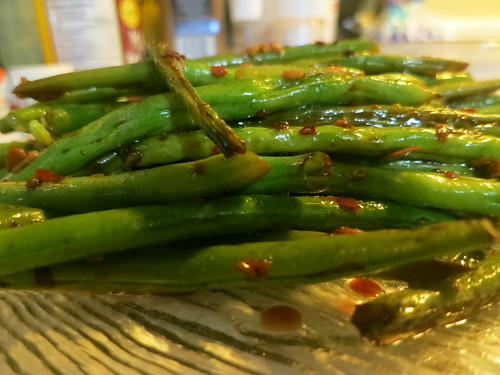 Spicy garlic green beans