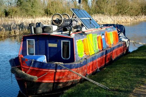20120219-73_Odd Narrow Boat by gary.hadden