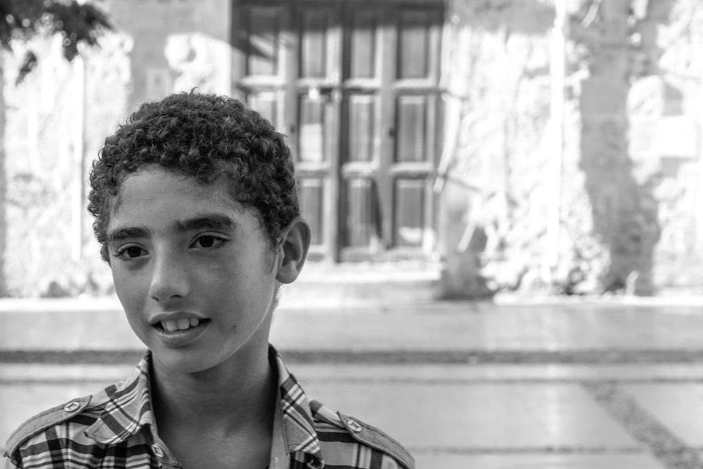 Imagen gratis de un niño del Líbano