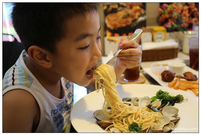 中壢,漢堡,燉飯,美食,義大利麵,黑羊 @VIVIYU小世界