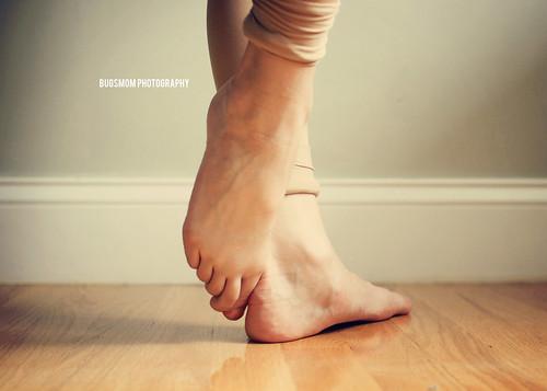 acro feet