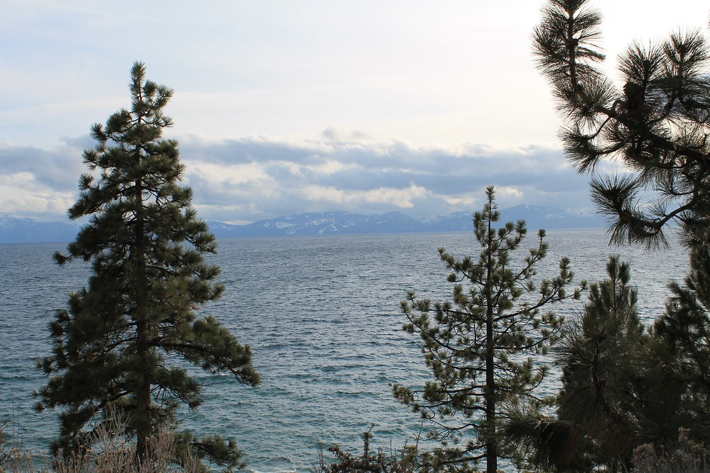 vista horizontal Lago Tahoe