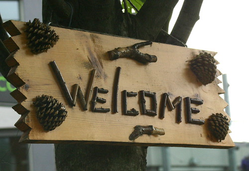Welcome sign in pocket park