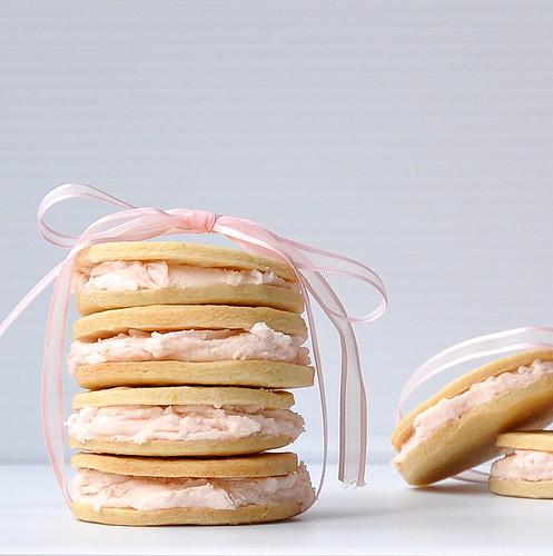 Valentine's Day Dessert Recipe Roundup