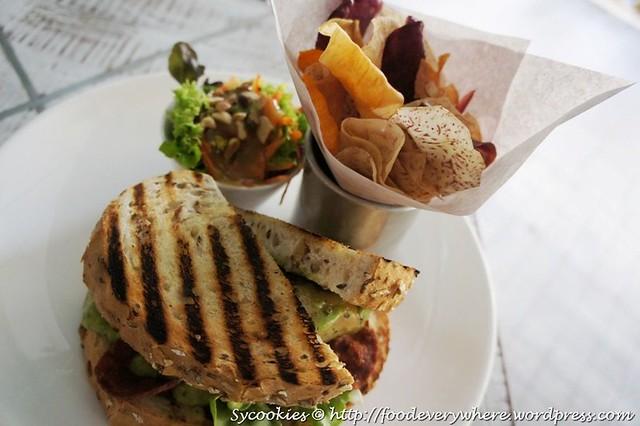 9.pesto chicken sandwich @ ben's (2)