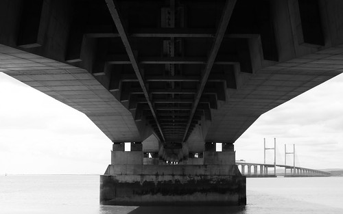 Underneath the Severn Bridge by TempusVolat