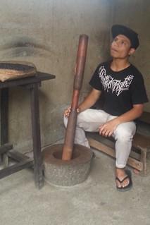 Indonsian grinder