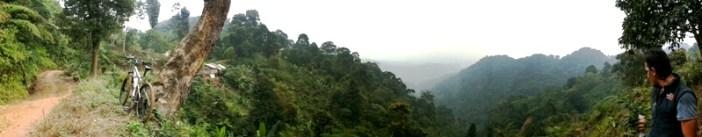 Panoram Jalur Pondok Pemburu