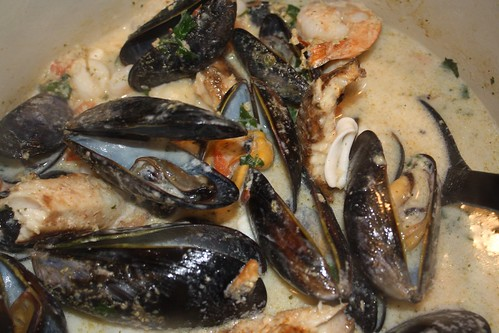 Thai Sausage & Coconut Mussels