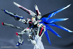 Metal Build Freedom Gundam Prism Coating Ver. Review Tamashii Nation 2012 (97)