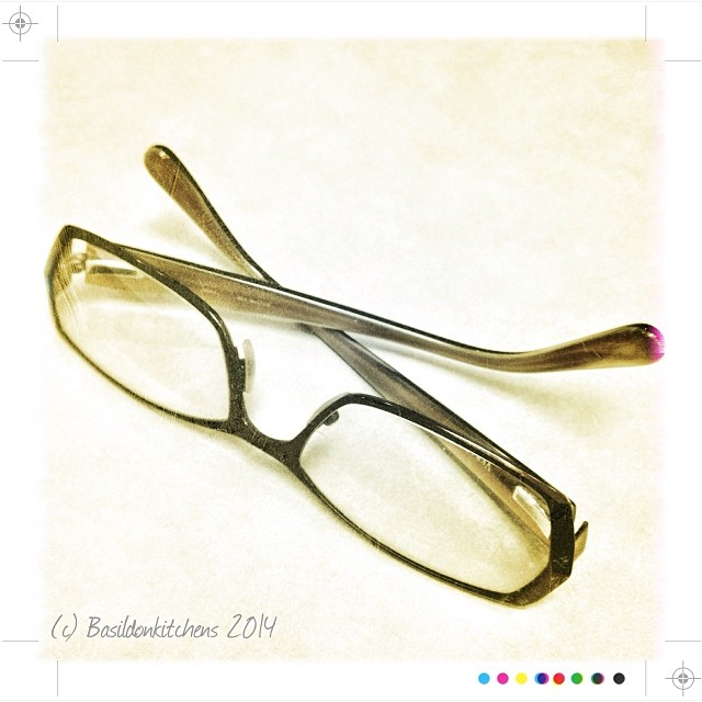 30/1/2014 - best invention ever! {my glasses of course, or I just wouldn't be able to see all these fab PAD photos!} #fmsphotoaday #bestinventionever #glasses #seeing #bifocals #eyeglasses