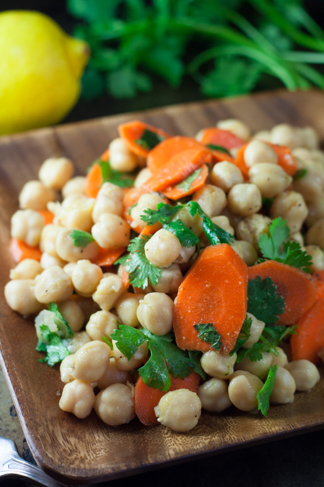carrot and chickpea salad [ inthiskitchen.com ]