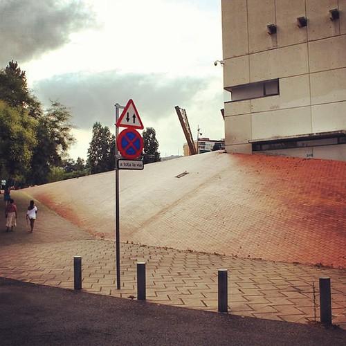 trick , bank , speed !! #skate #skateboard #skateboarding #bankspot #barcelona