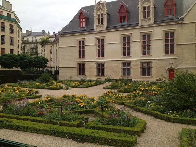 Jardin de l'Hotel-de-Sens