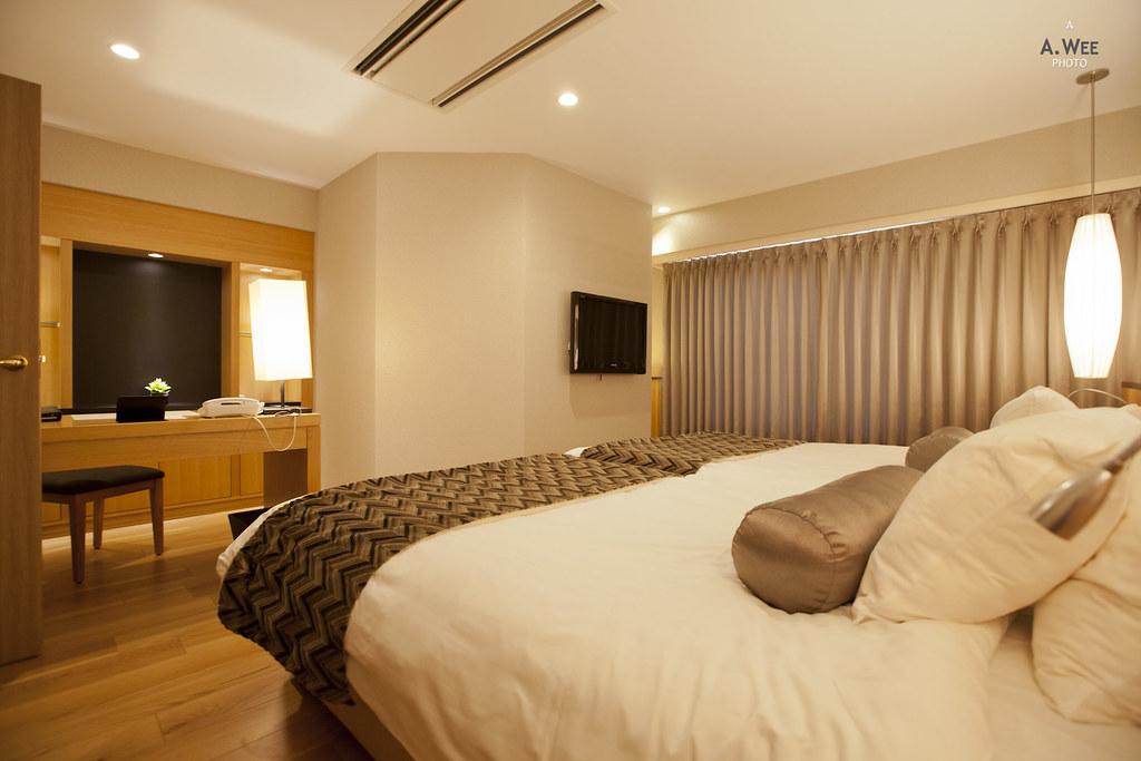 Western Style Bedroom
