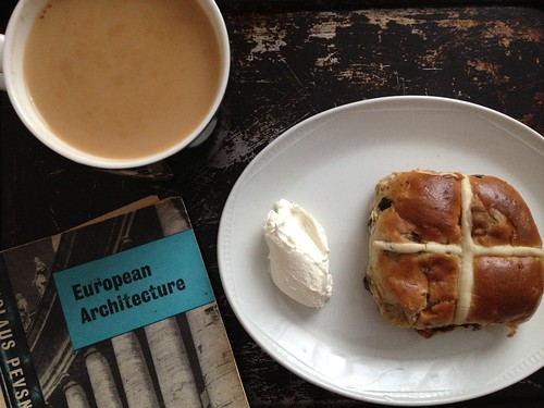 "hot cross bun, creme fraiche, a mug of tea, Nikolaus Pevsner's ""European Architecture"""