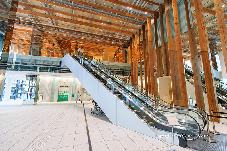 [日本 富山] TOYAMAキラリ-富山市ガラス美術館 及 富山市立圖書館本館 @ J 爸的吃喝玩樂不全記錄