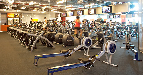 Singapore Lifestyle Blog, Singapore Fitness Blog, California Fitness, California Fitness blogger, nadnut, Gyms in Singapore
